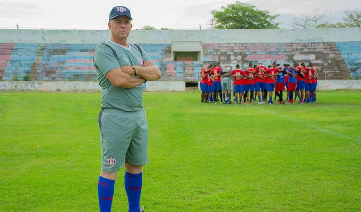 Pedro Enrique Sarmiento Solís es el nuevo entrenador de Unión Magdalena