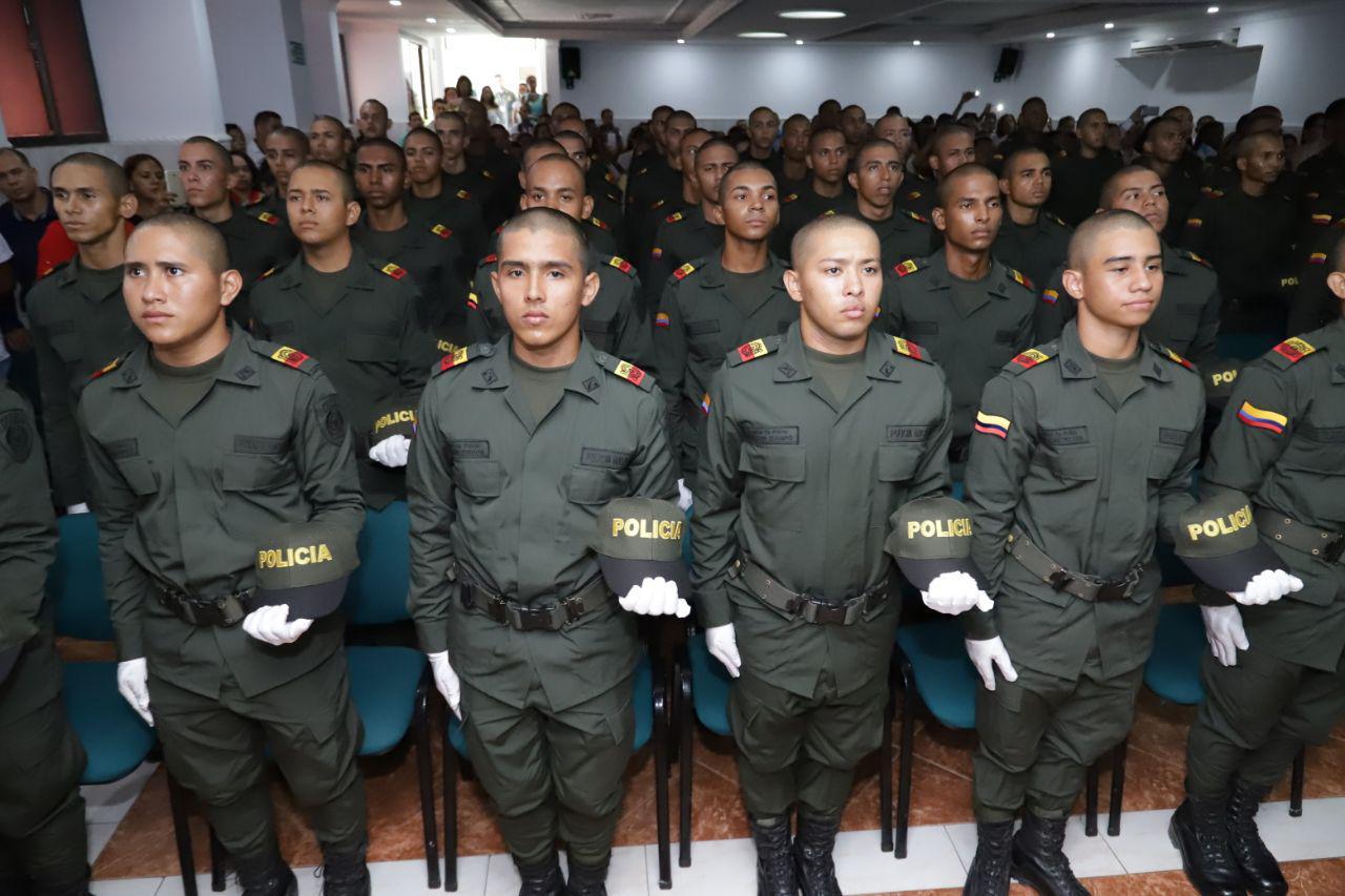 75 nuevos auxiliares refuerzan presencia policial en la ciudad