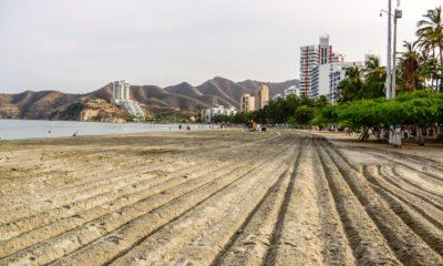 Essmar realiza oxigenación en playas de El Rodadero y aseo general en parques y avenidas de Santa Marta