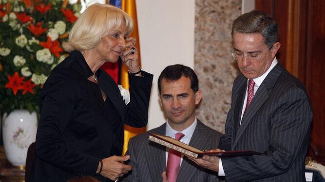 Cádiz retira a Álvaro Uribe el Premio Cortes de las Libertades – Opinion  Caribe
